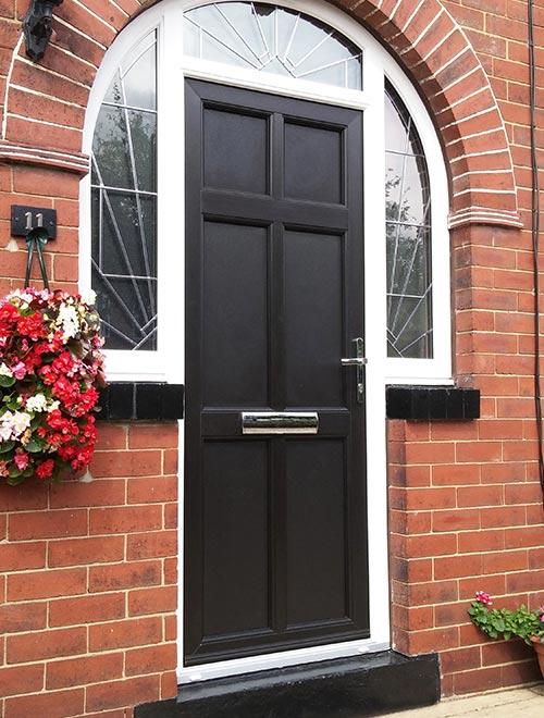 Lavenham Style in Black